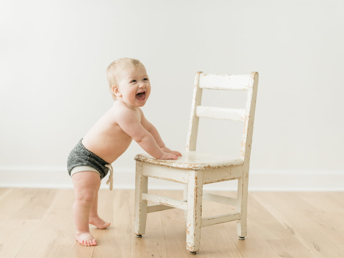 boy and a chair studio photo session